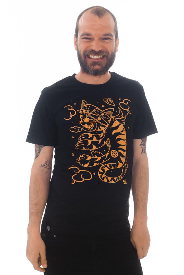 camiseta surrealista de tigres