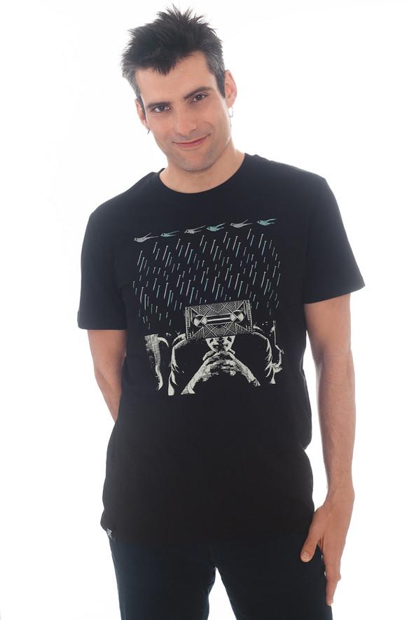 camiseta de clavos